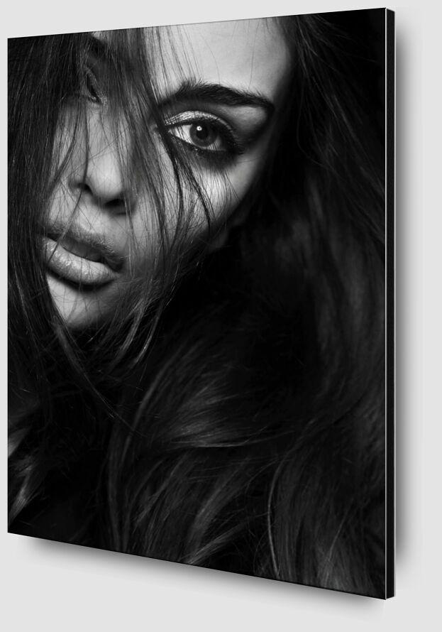 Behind her hair from Pierre Gaultier Zoom Alu Dibond Image