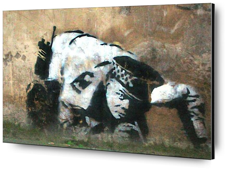 Crouching Policeman - BANKSY from AUX BEAUX-ARTS, Prodi Art, banksy, street art, investigation, policeman