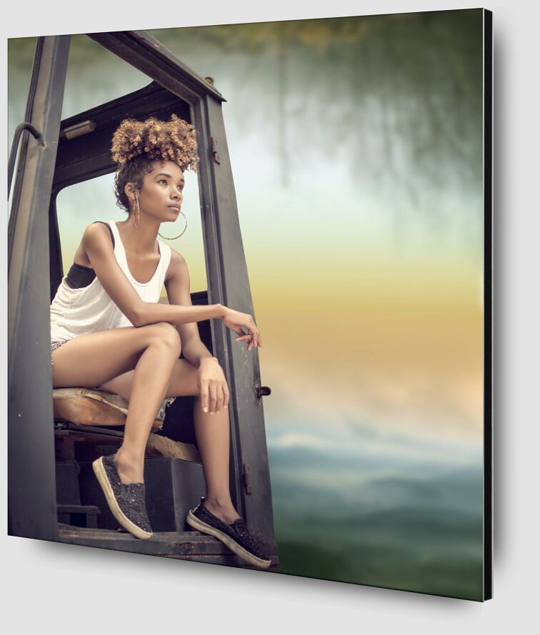 Sitting from Pierre Gaultier Zoom Alu Dibond Image