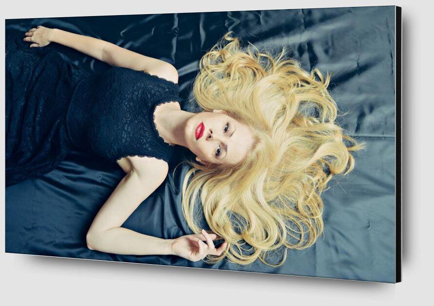 Gold Hair from Pierre Gaultier Zoom Alu Dibond Image