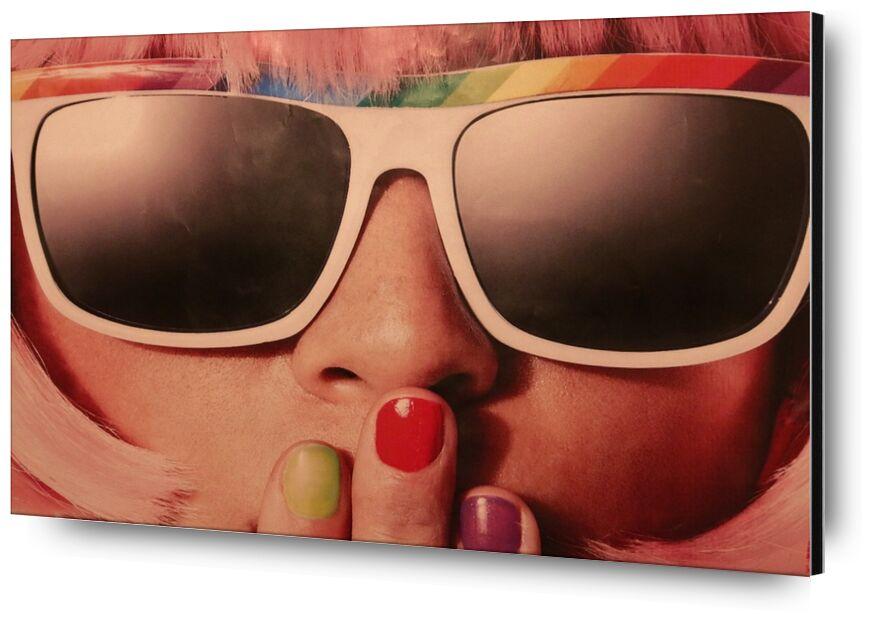 Carnaval rétro de Pierre Gaultier, Prodi Art, des lunettes de soleil, rétro, vernis à ongles, femme, 70s, maquette, mode, fille, visage, Dame, élégant, femelle, style, couleurs
