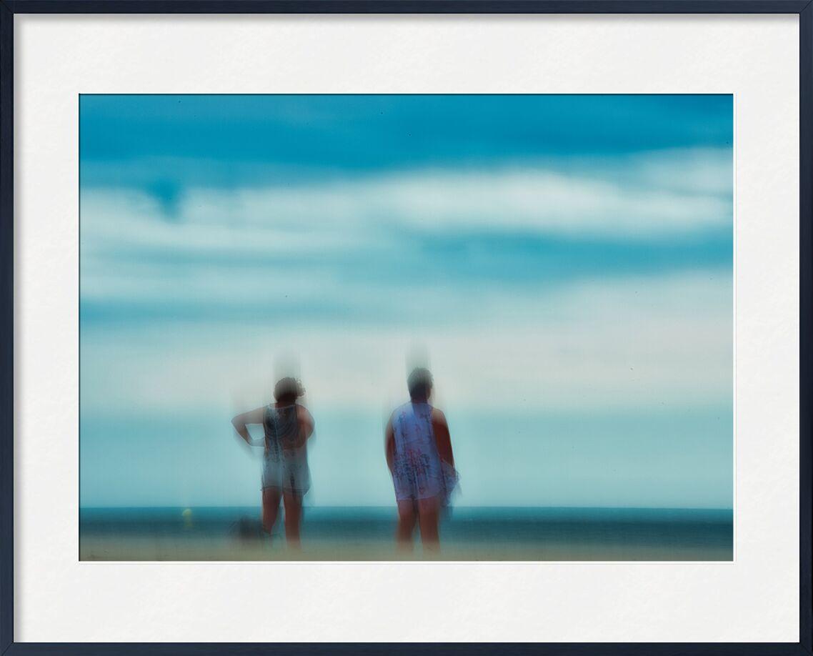 Femmes sur la plage de Céline Pivoine Eyes, Prodi Art, Photographie abstraite, art abstrait, bleu, nature, paysage, flou artistique, Streetphoto, personnes, plage, Mouvement intentionnel de la caméra, ICM