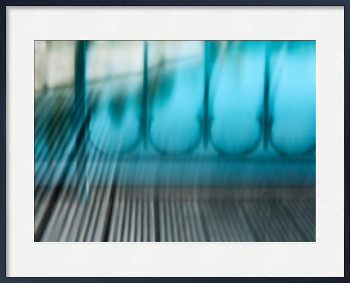 La passerelle de Bry de Céline Pivoine Eyes, Prodi Art, lignes, flou artistique, art abstrait, Photographie abstraite, pont, Passerelle, bois, bleu, paysage, ICM, Mouvement intentionnel de la caméra