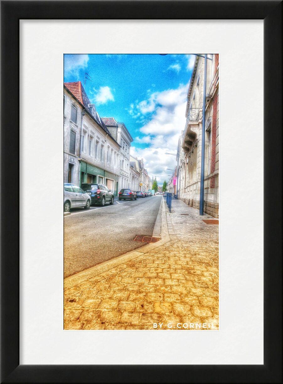 Entre Ciel et Terre - Numéro Un de Guillaume Corneil, Prodi Art, rue, art, bleu, nuages