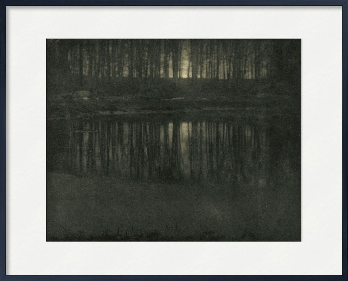 L'étang-lumière de la lune -Edward Steichen 1904 de AUX BEAUX-ARTS, Prodi Art, étang, lumière, soleil, coucher de soleil, Edward Steichen, noir et blanc, contre jour