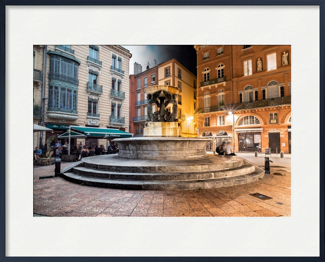 Fontaine tranquille de Tanguy Chausson, Prodi Art, fontaine, lumière, lumières, mouvement, monument, histoire, ville, rue, occitanie, nuit, photo de nuit, toulouse, pose longue, endroit