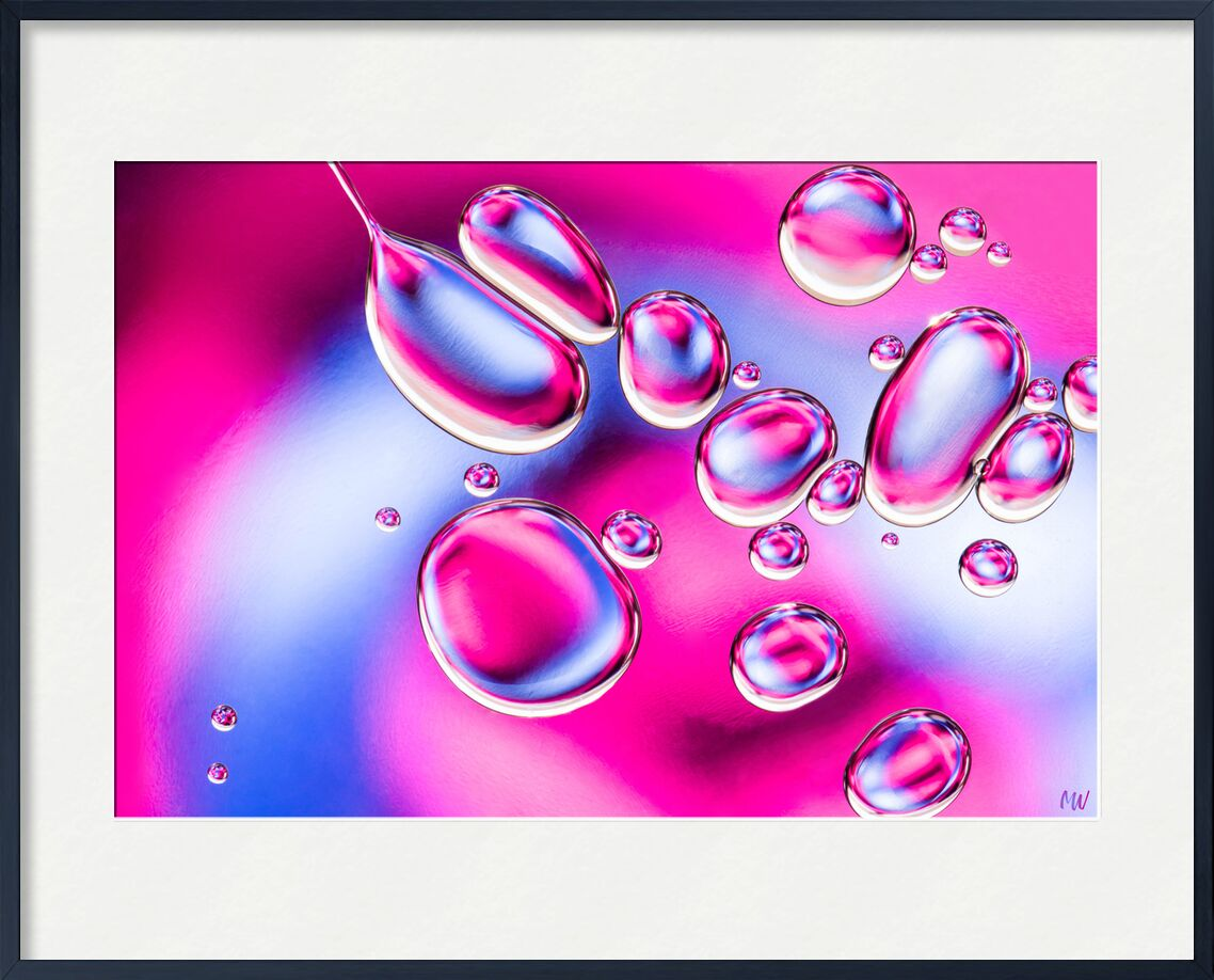 Oily bubbles #2 from Mickaël Weber, Prodi Art, goutelettes, droplets, drops, bubbles, Bulles, color, blue, pink, abstract, macro, huile, oil, oily, fun, formes, shapes, water, modern, abstracr
