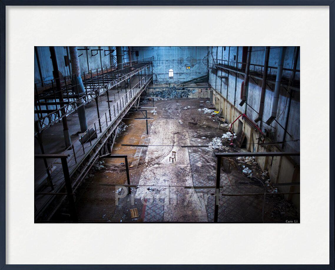 La chaise de Caro Li, Prodi Art, lieu abandonné, Photographie, rue, Urbex, Exploration Urbaine, Cher Li, abandonné