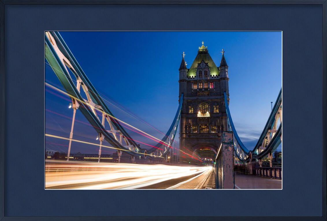 Pont de la tour de Aliss ART, Prodi Art, Tower Bridge, tamise, peinture claire, circulation, tamise, nuit, longue exposition, Londres, lumières, pont
