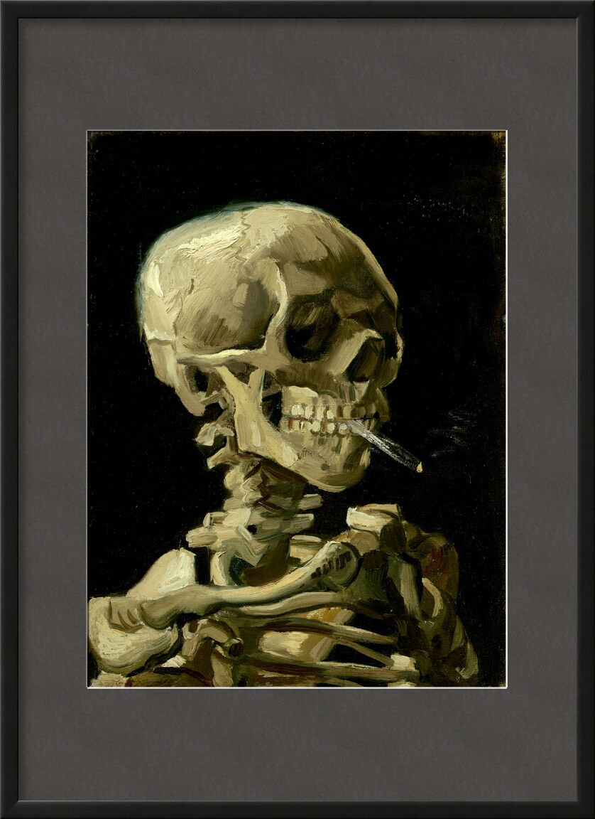Head of a Skeleton with a Burning Cigarette - VINCENT VAN GOGH von AUX BEAUX-ARTS, Prodi Art, Rauch, Tod, Zigarette, Skelett, Eingeweide, VINCENT VAN GOGH, dunkel, schwarz