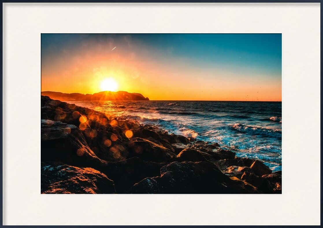 L'existance from Aliss ART, Prodi Art, sea side, rocky, rock formation, waves, water, sunset, sun glare, Sun, sky, seashore, seascape, sea, rocks, ocean, landscape, horizon, evening, dusk, side
