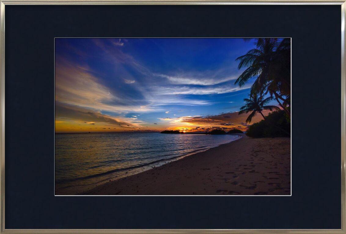 Tropical de Aliss ART, Prodi Art, trace de pas, eau, tropical, des arbres, tranquille, couché de soleil, lever du soleil, ciel, silhouette, rivage, mer, scénique, sable, silencieux, paisible, palmiers, océan, nature, idyllique, nuages, calme, plage