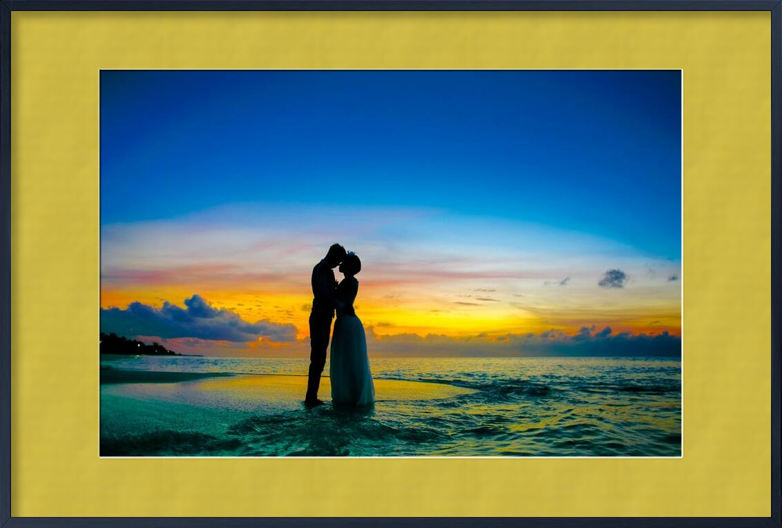 Amour from Aliss ART, Prodi Art, beach, couple, dawn, dusk, evening, island, love, maldives, man, morning, ocean, romance, sea, silhouette, summer, sunrise, sunset, travel, tropical, water, wedding, affair, anniversary, , Asadphoto, atoll, couple goal, , honeymoon, kiss, relation, young couple