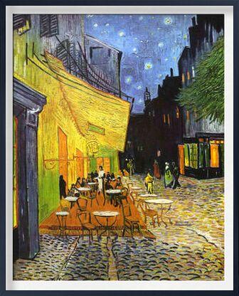 Terrasse de café le soir, pla... de AUX BEAUX-ARTS, Prodi Art, Photographie d'art, Œuvre encadrée, Prodi Art