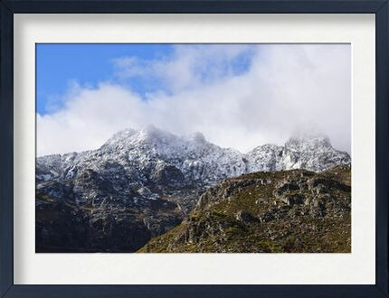 Montagne dans les nuages from ivephotography, VisionArt, Art photography, Framed artwork, Prodi Art