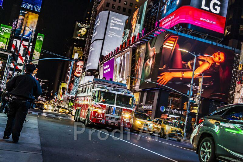 NY Street de Caro Li Decor Image