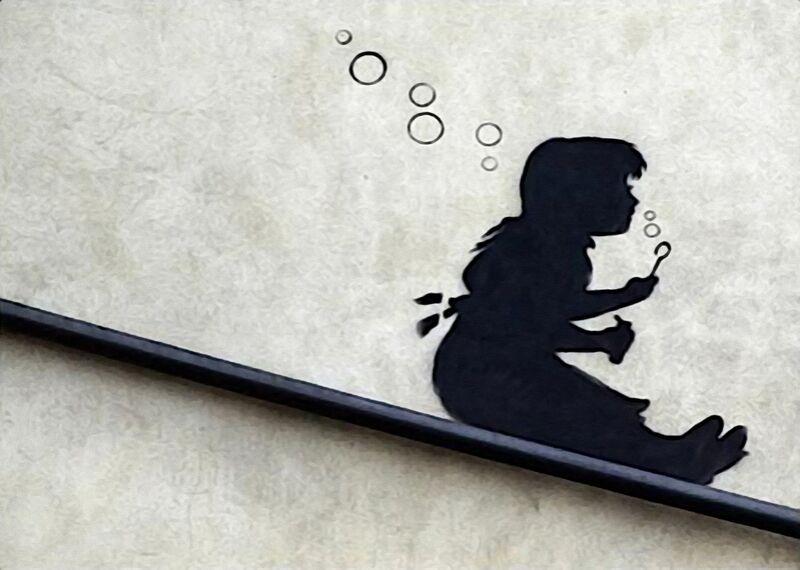 Bubble Girl - BANKSY from AUX BEAUX-ARTS Decor Image