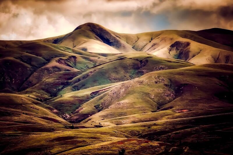 Hilly landscape from Pierre Gaultier Decor Image