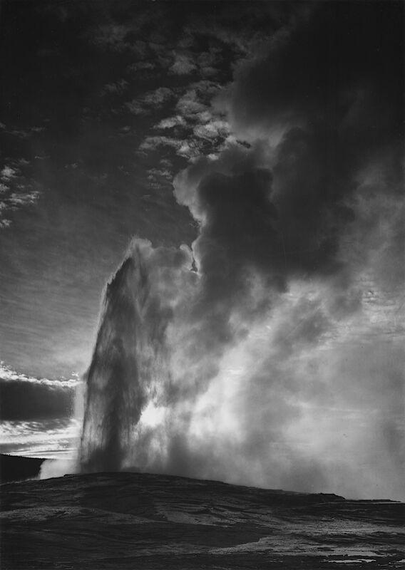 Old Faithful Geyser Yellowstone National Park - Ansel Adams desde AUX BEAUX-ARTS Decor Image