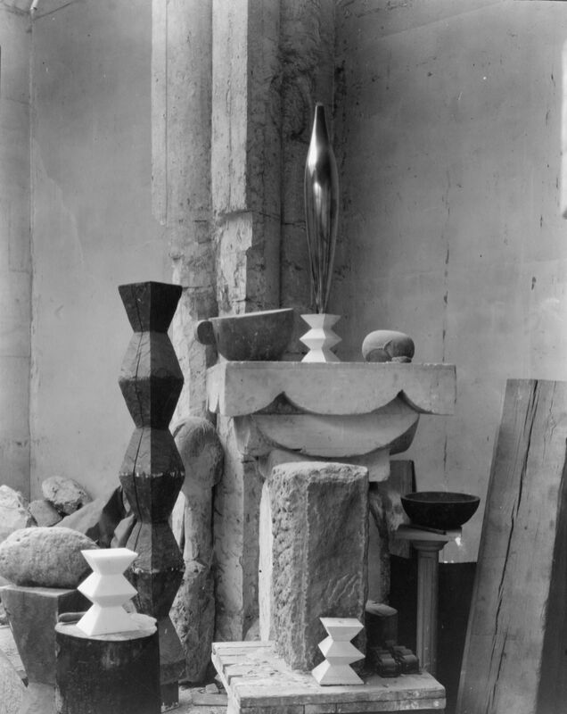Brancusi's Studio, 1920 - Edward Steichen desde AUX BEAUX-ARTS Decor Image