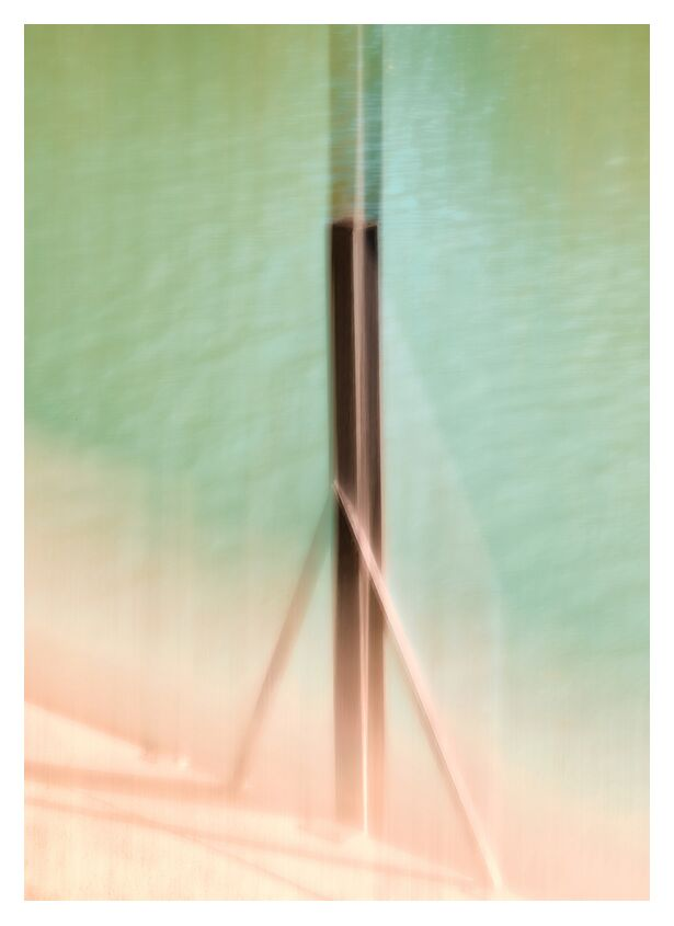 Le poteau sur Marne de Céline Pivoine Eyes, Prodi Art, Photographie abstraite, art abstrait, flou artistique, Mouvement intentionnel de la caméra, ICM, fleuve, vert, eau, poteau, Bord de marne, Amarres, Amarrage