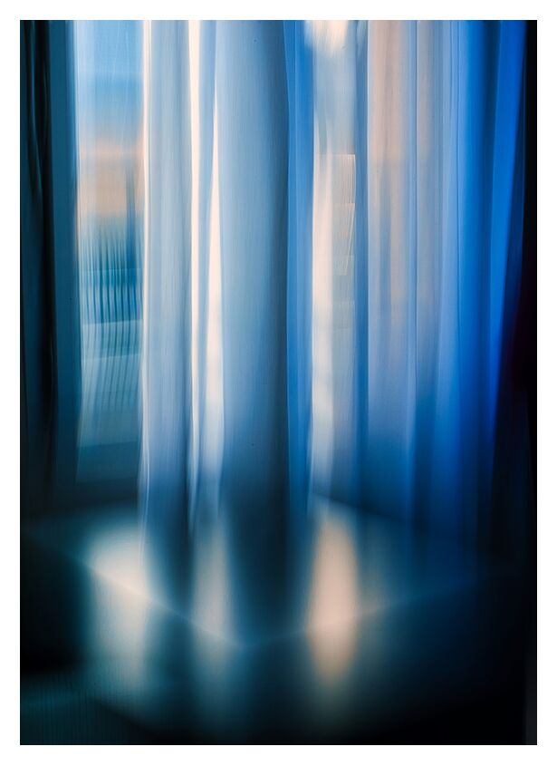 Les rideaux from Céline Pivoine Eyes, Prodi Art, room, Hotel, Lifestyle, ICM, Intentional Camera Movement, soft focus, abstract art, Abstract photography, blue, decoration, window, architecture, Curtains