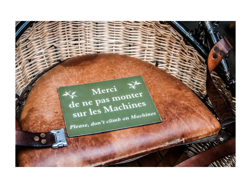 Merci de ne pas monter sur les Machines from Marie Guibouin, Prodi Art, machine, art, island machines, nantes, heron, gallery, marie guibouin, sign, sign, Warning