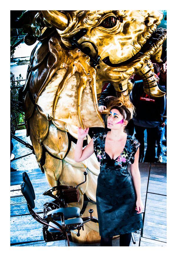 Kikimahwa de Marie Guibouin, Prodi Art, or, sculpture, art, marie guibouin, nantes, machines de l'ile, Marin, carrousel, dragon, maquillage, portrait, femme
