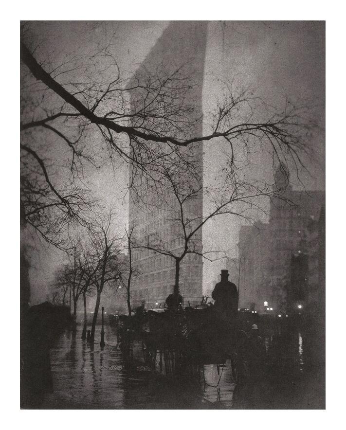 Flatiron Building, New York - Edward Steichen 1904 de AUX BEAUX-ARTS, Prodi Art, New York, bâtiment, immeuble, Edward Steichen, immeuble plat, immeuble plat