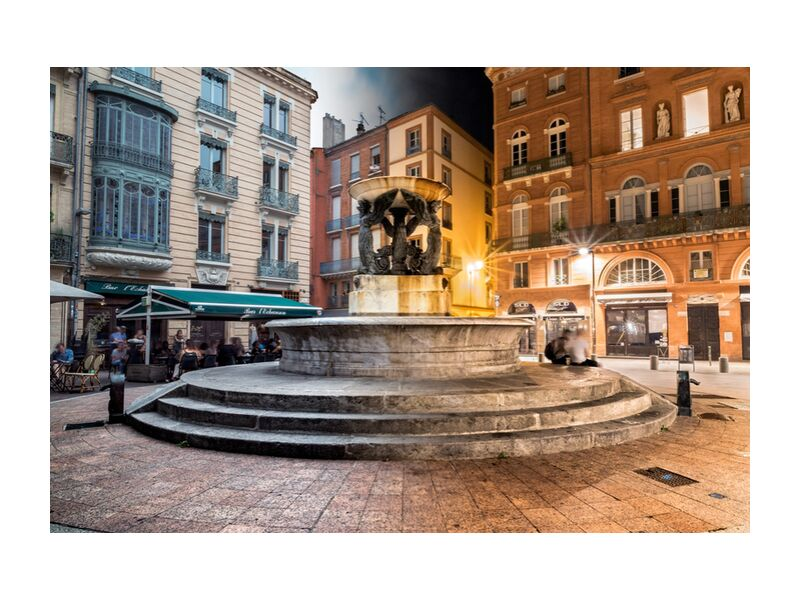 Fontaine tranquille from Tanguy Chausson, Prodi Art, fountain, light, lights, motion, monument, history, city, street, occitanie, night, night photo, toulouse, long pose, place