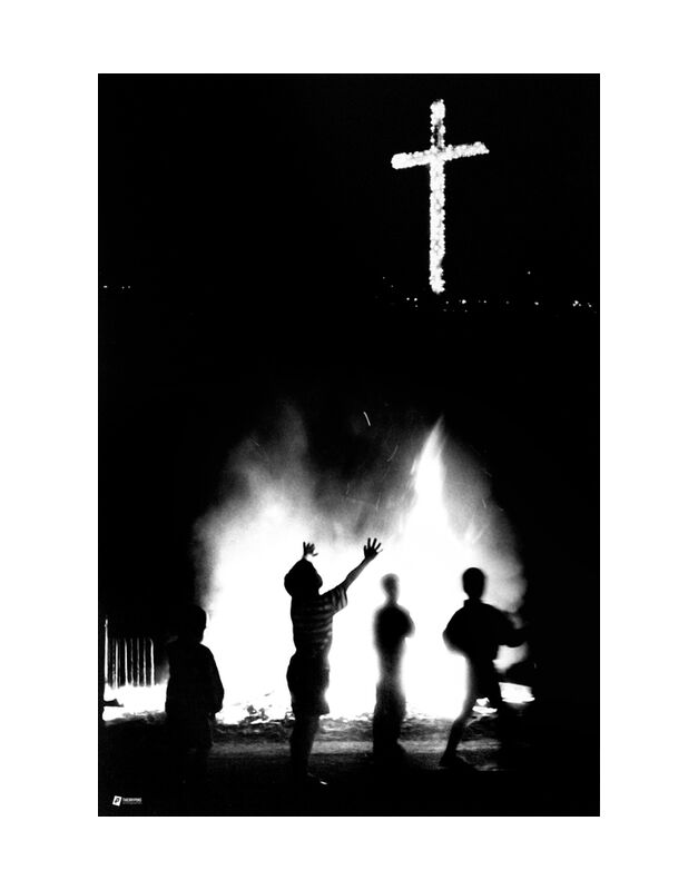 Cruz del Papa - Photo copyright Thierry Pons from Thierry Pons, Prodi Art, America, South, America, South, cross, cross, fire, fire, city, celebration, party, celebration, celebration, christ, Jesus, children, children, kids, God, God, flames, flames, night, night, light, light, game, game, play, Venezuela, Latin, Venezuela, Christian, christian, guyana, ceremony, spirit, mind