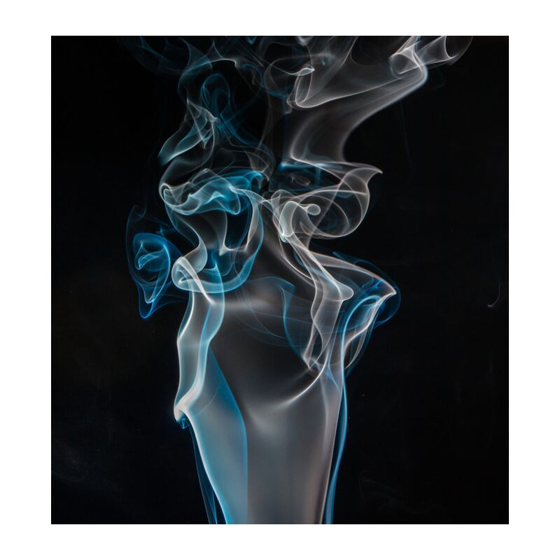 Digital smoke from Pierre Gaultier, Prodi Art, blue, close-up, dark, white, abstract  black background, curve, form, smoke