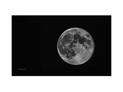 Lunar Beauty from Mayanoff Photography, Prodi Art, Art photography, Giclée Art print, Standard frame sizes, Prodi Art