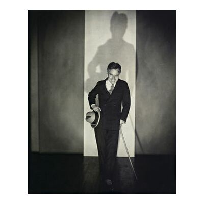 Charlie Chaplin - Edward Steichen 1925 from Aux Beaux-Arts, Prodi Art, Art photography, Art print, Standard frame sizes, Prodi Art