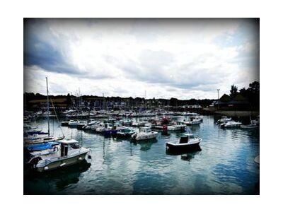Port de Bretagne de JuJuPhotographies, VisionArt, Photographie d'art, Impression d'art, Tailles de cadre standard, Prodi Art