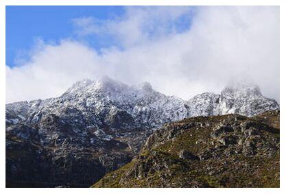 Montagne dans les nuages from ivephotography, VisionArt, Art photography, Art print, Prodi Art